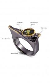 Luksuslik must-kuldne tsirkooniga sõrmus WA11778