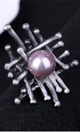Originaalse disainiga sõrmus R503