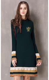 Kootud tikandiga kleit A8106