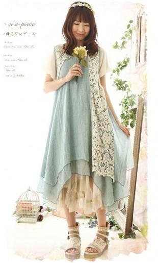ba6be683b28 Asümmeetriline pitsdetailidega kleit BH16658