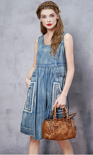 Teksast tikandiga varrukateta kleit LN10867C